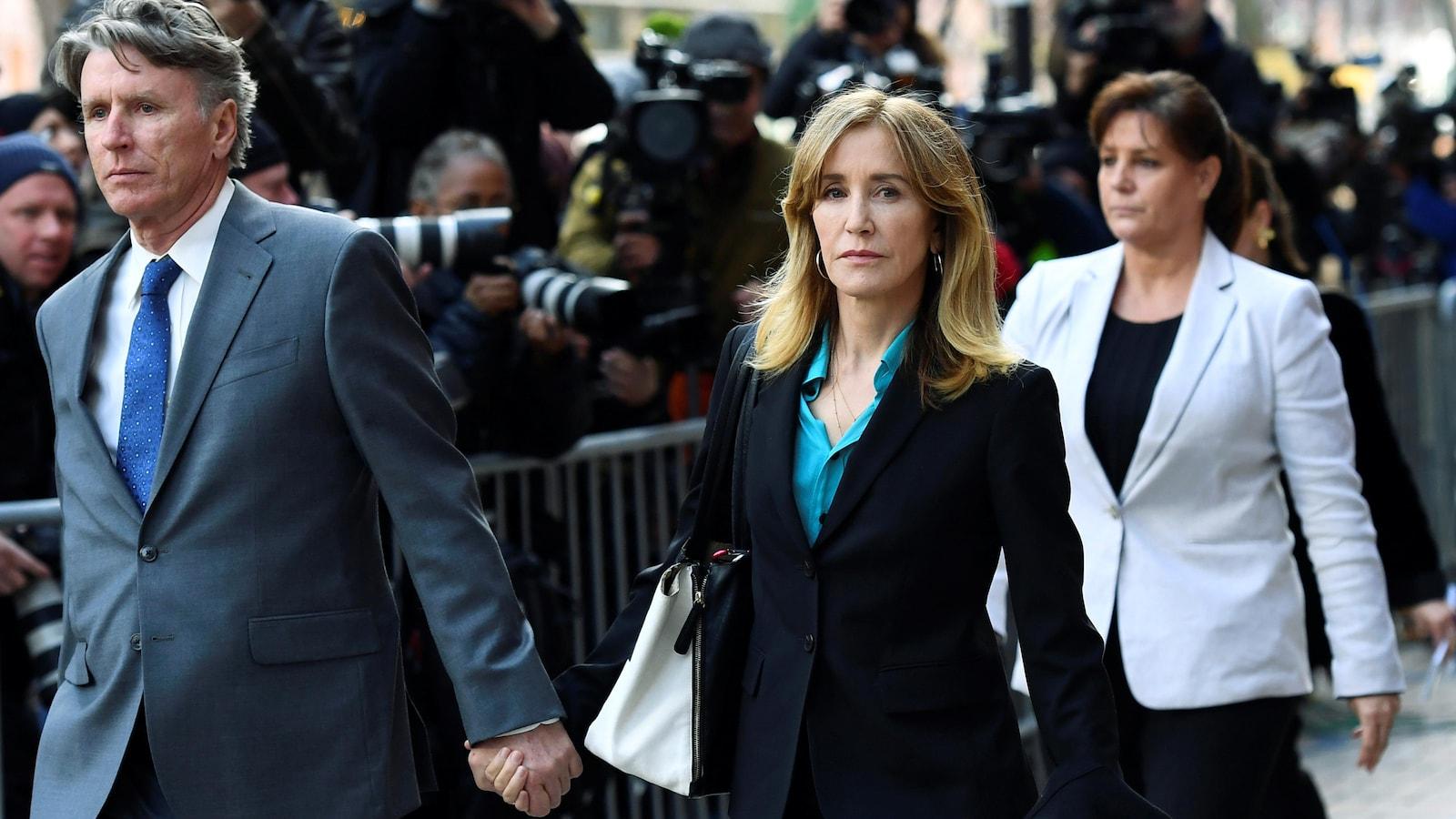 Felicity Huffman, héroïne de Desperate Housewives, va-t-elle aller en prison ?