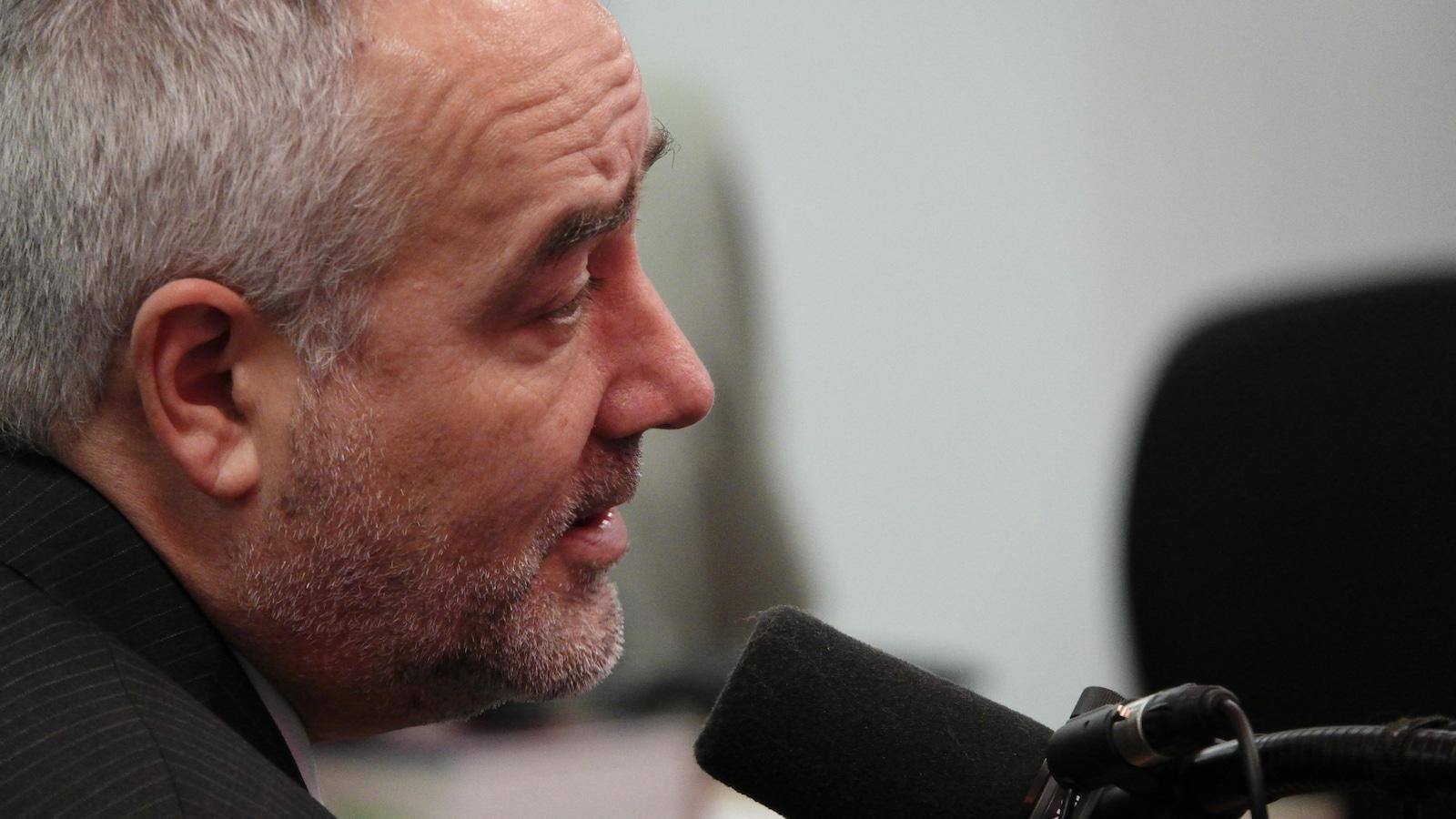 Le président directeur général par intérim de la Société des traversiers du Québec, François Bertrand.
