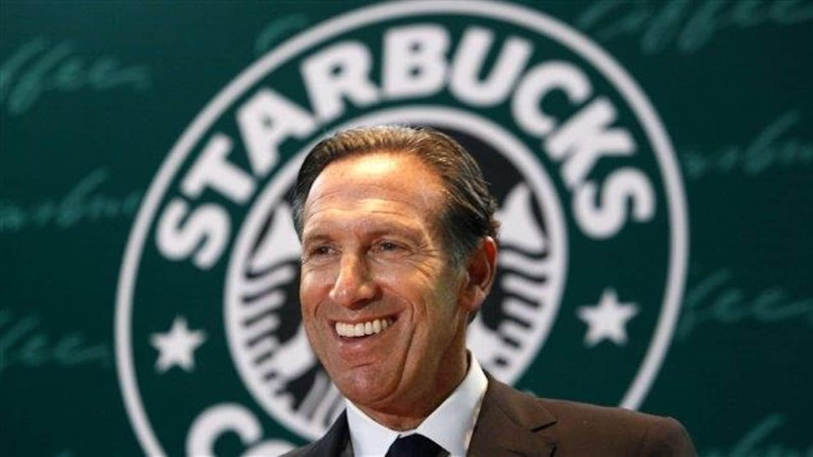 Le président exécutif de Starbucks, Howard Schultz.