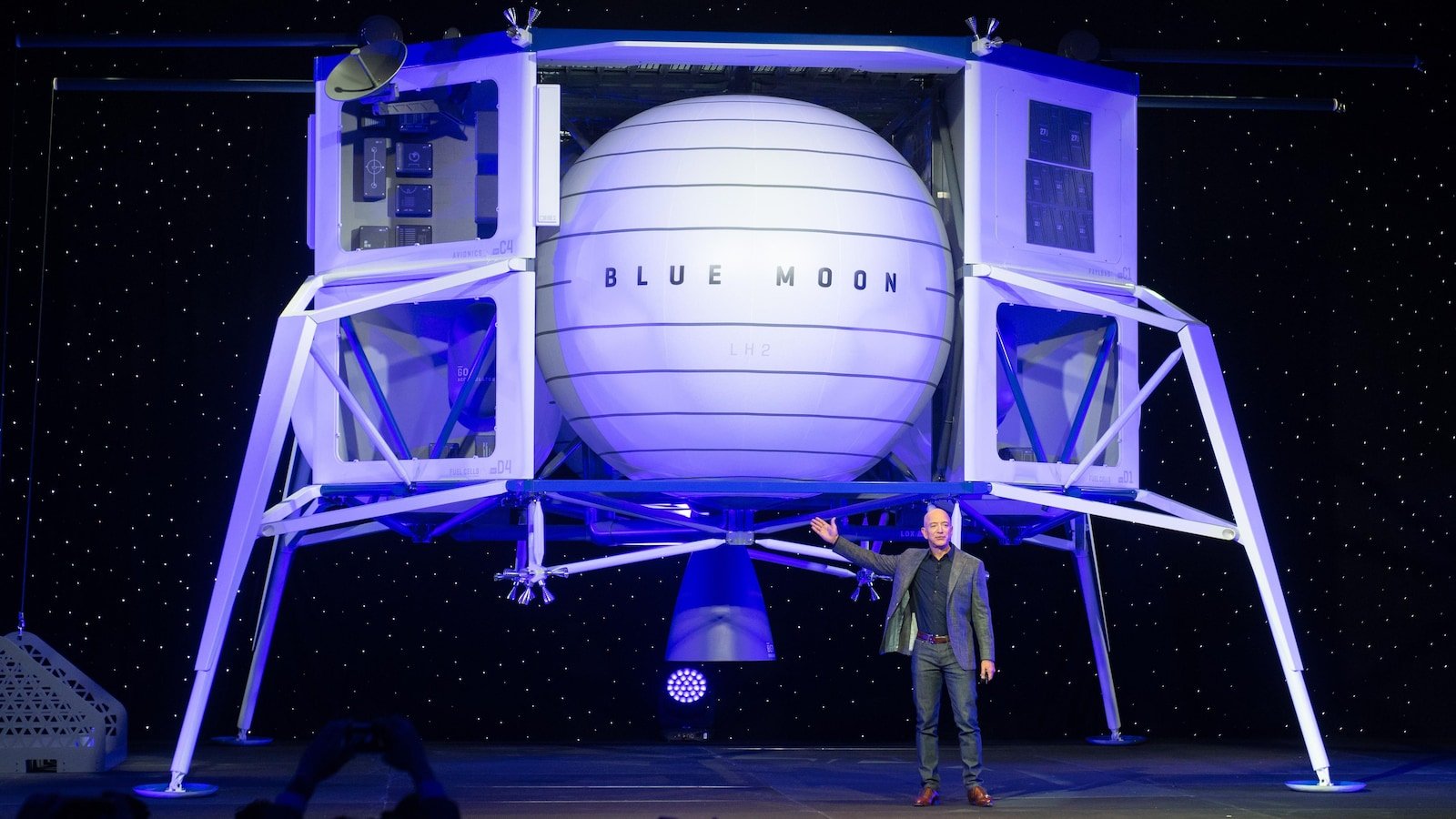 LE CAPITAL À L'ASSAUT DU CIEL Jeff-bezos-blue-moon-alunisseur