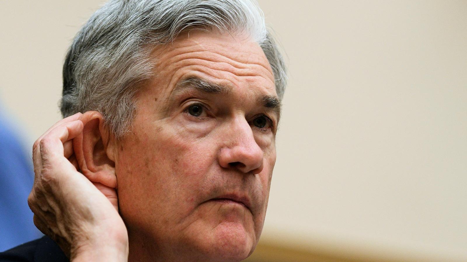 Jerome Powell, président de la Réserve fédérale américaine, témoigne devant la Commission des services financiers de la Chambre des représentants au sujet du Rapport semestriel sur la politique monétaire présenté au Congrès, à Washington.