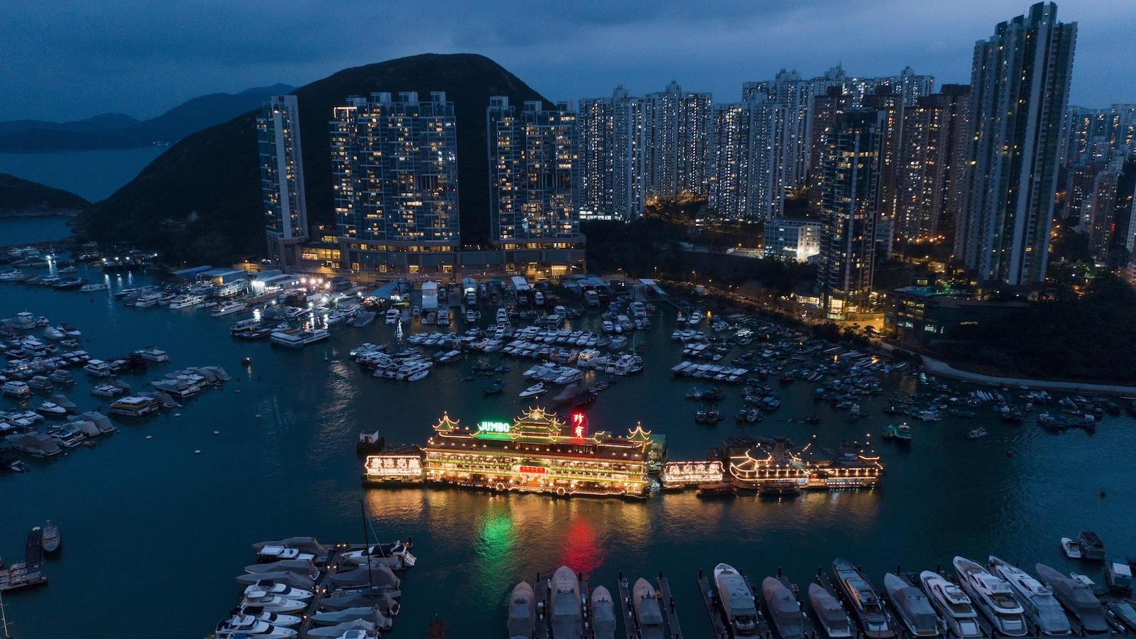 Une vue aérienne de Hong Kong prise le 20 novembre 2018.