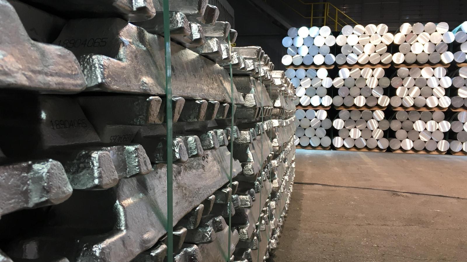 Des lingots d'aluminium