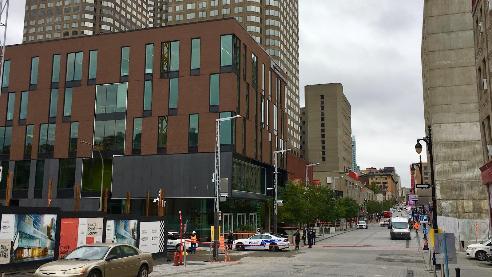 La Maison du développement durable au coin des rues Sainte-Catherine et Clark.