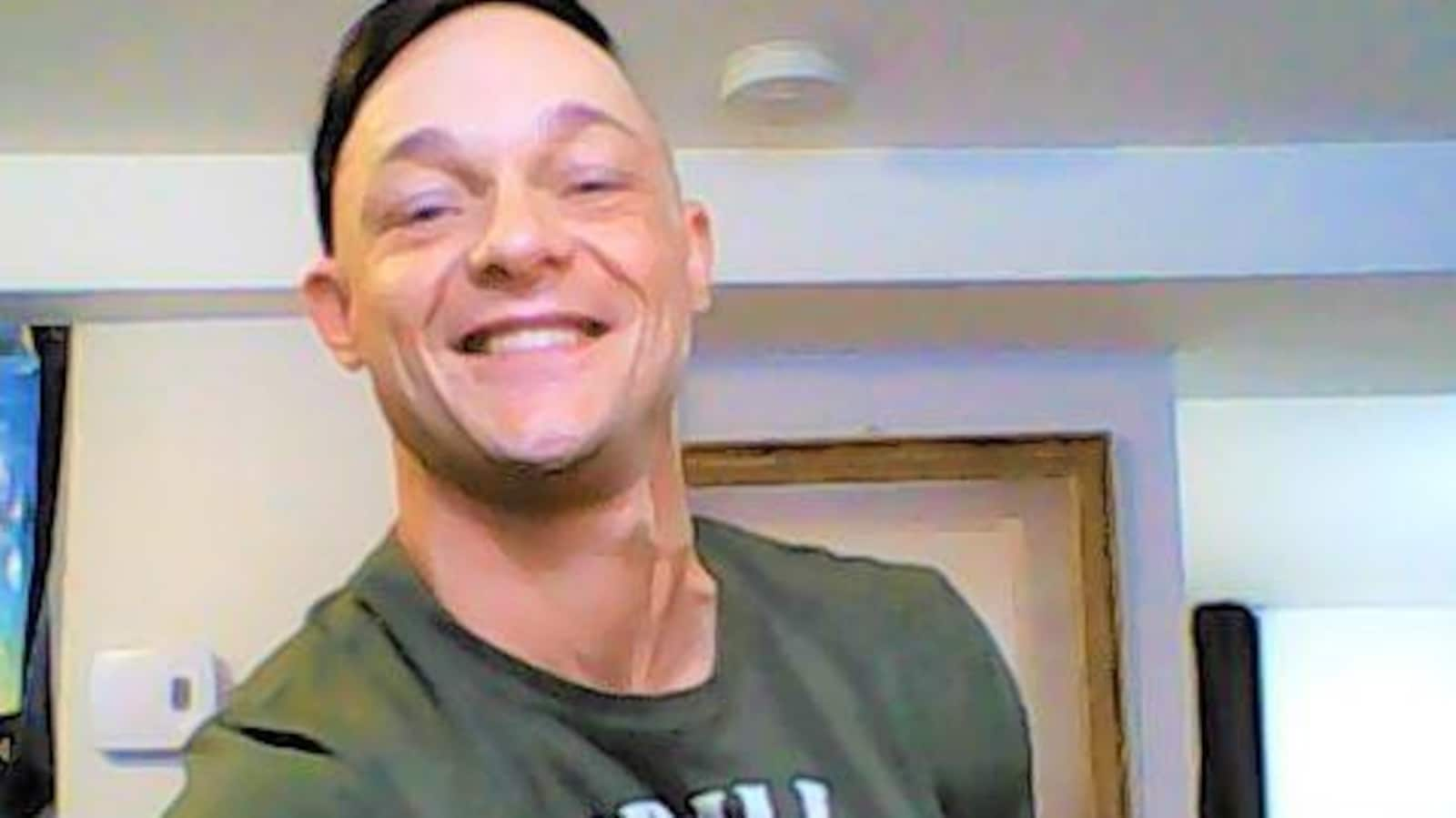 Photo de Michael Riverin, 43 ans, qui a été arrêté pour menaces de mort et possession d'armes prohibées.
