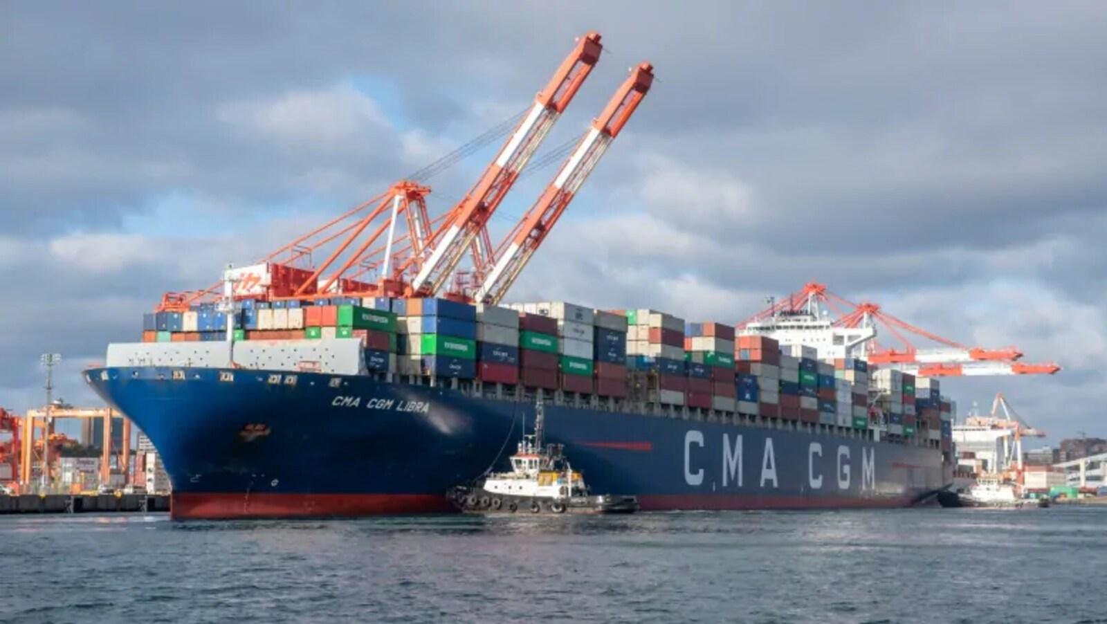 Une photo de l'imposant navire.