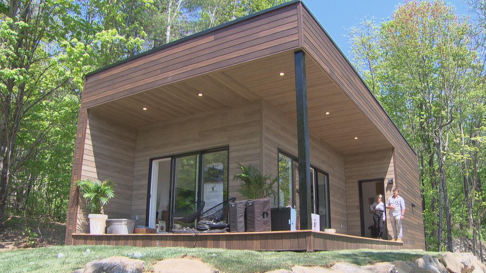 Une mini-maison contemporaine.