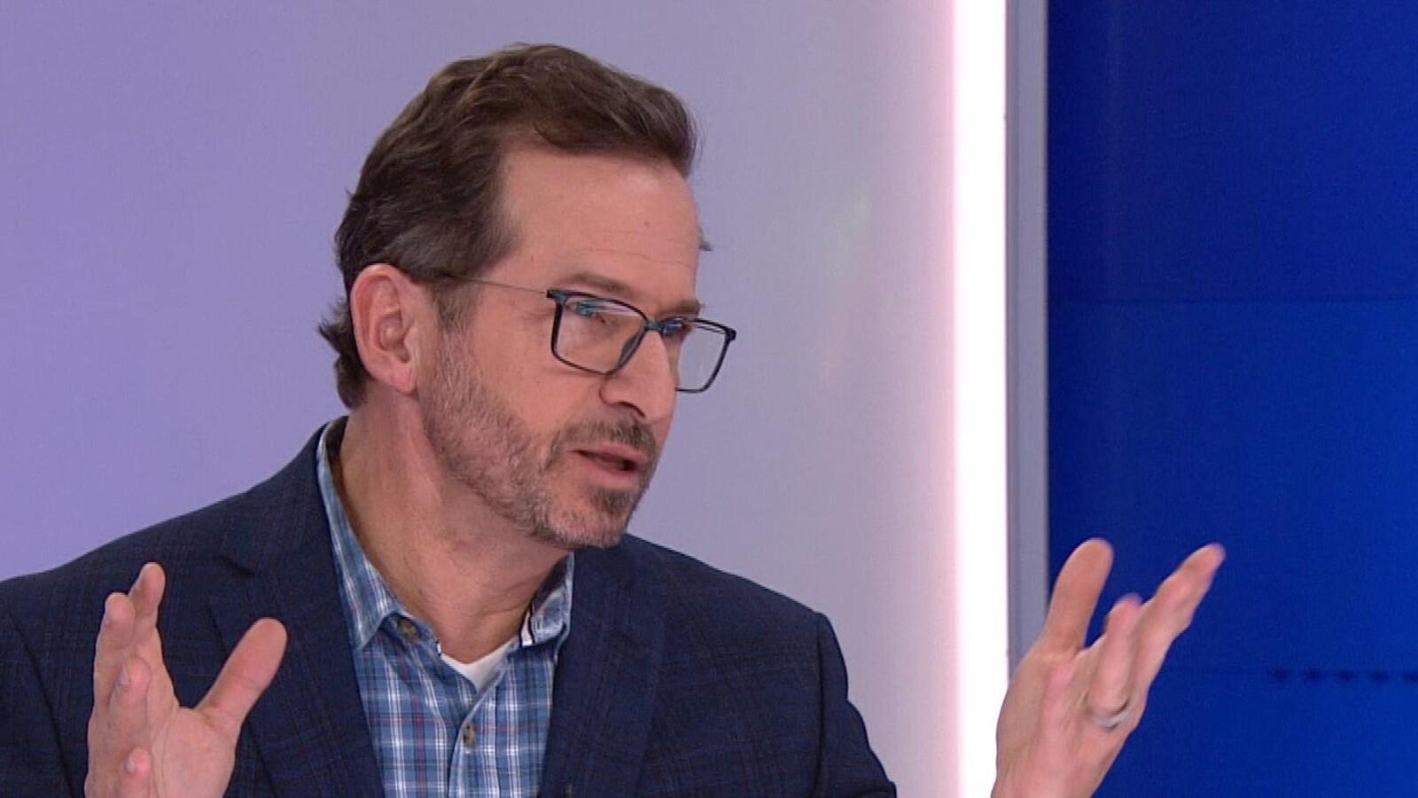 Yves-François Blanchet lors de l'émission Les Ex, à RDI