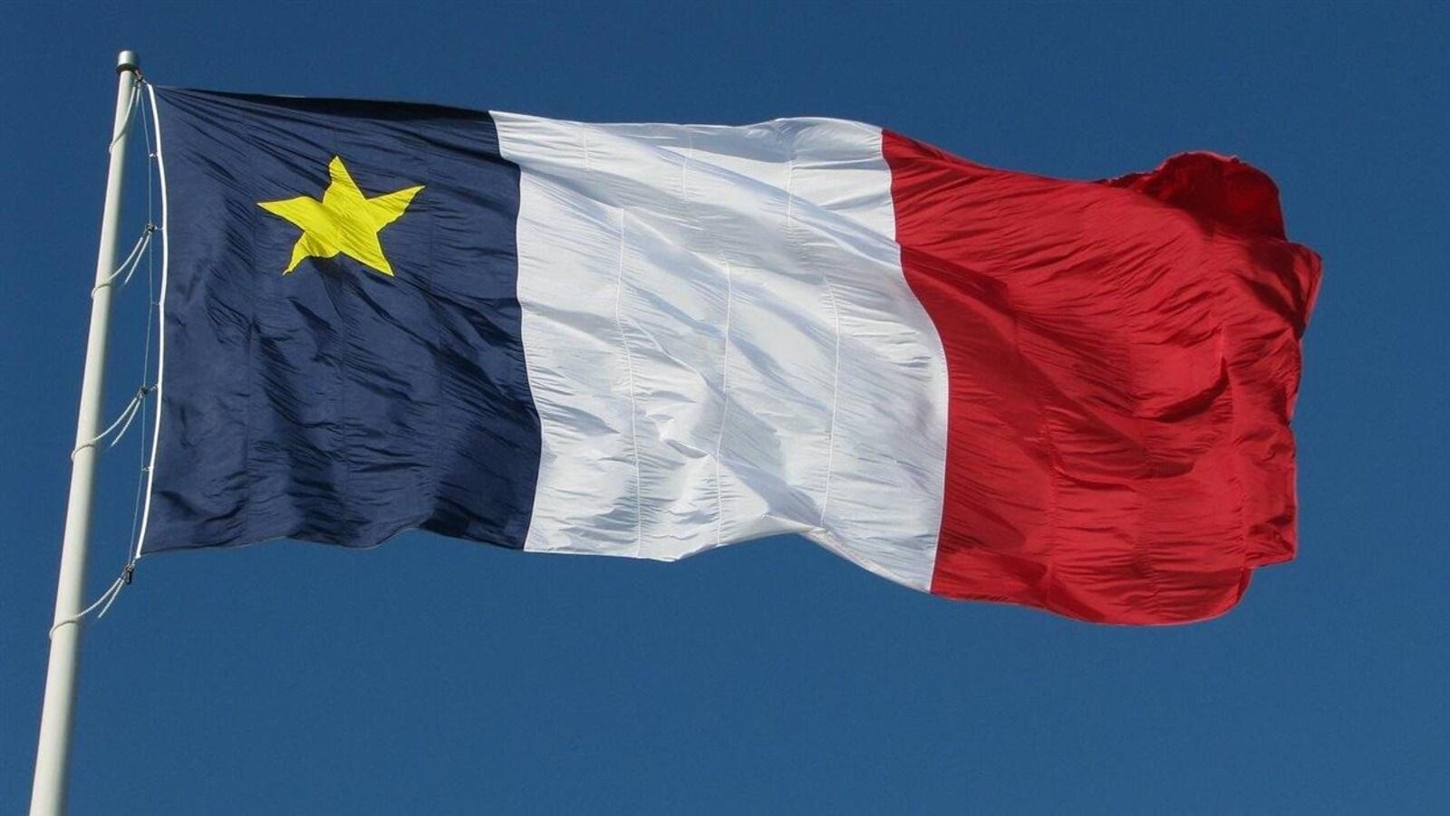 Le drapeau acadien