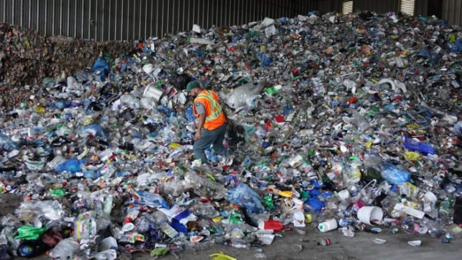 Un monticule de matières recyclables.