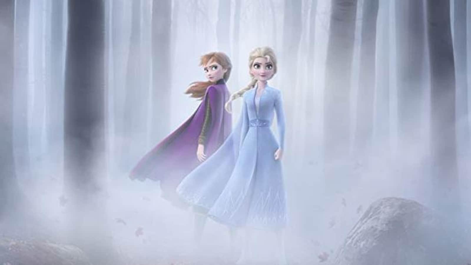Anna à gauche et Elsa à droite.