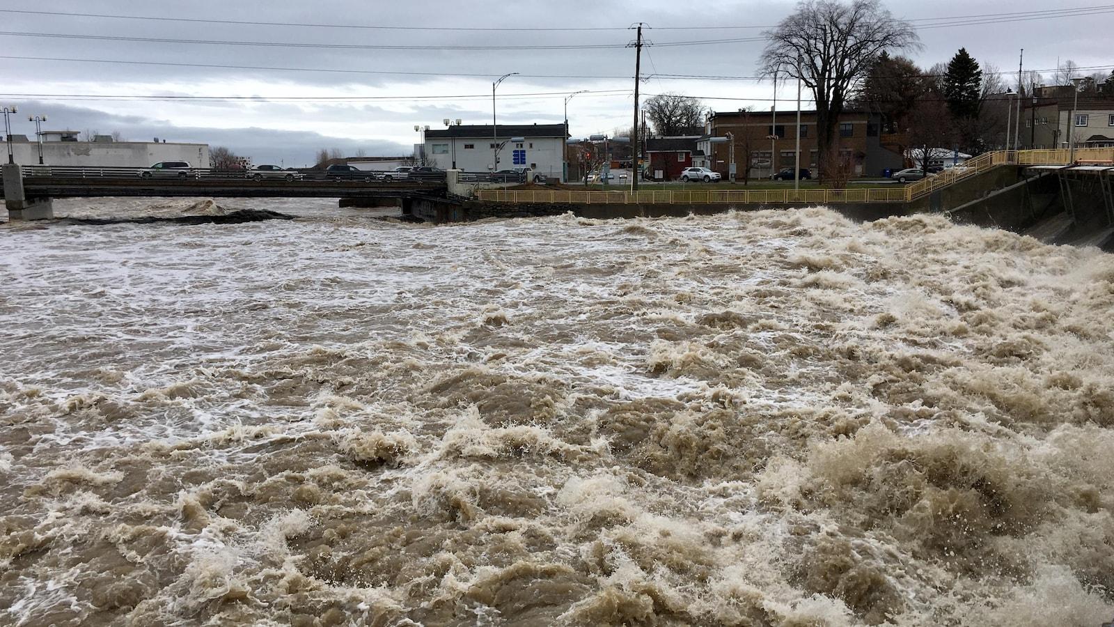 La rivière Matane lundi matin