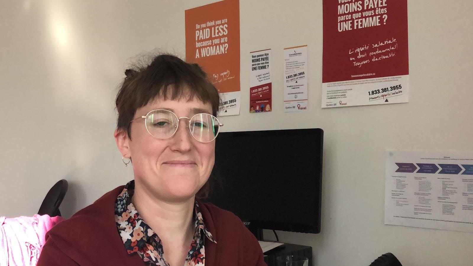 Roxanne Lorrain, responsable du service d'accompagnement en équité salariale pour les travailleuses non syndiquées