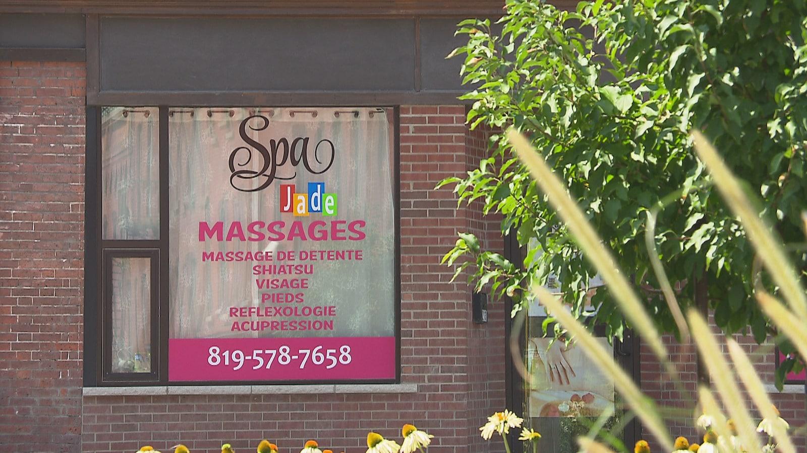 quatre main massage porno gros homme avec grosse queue porno