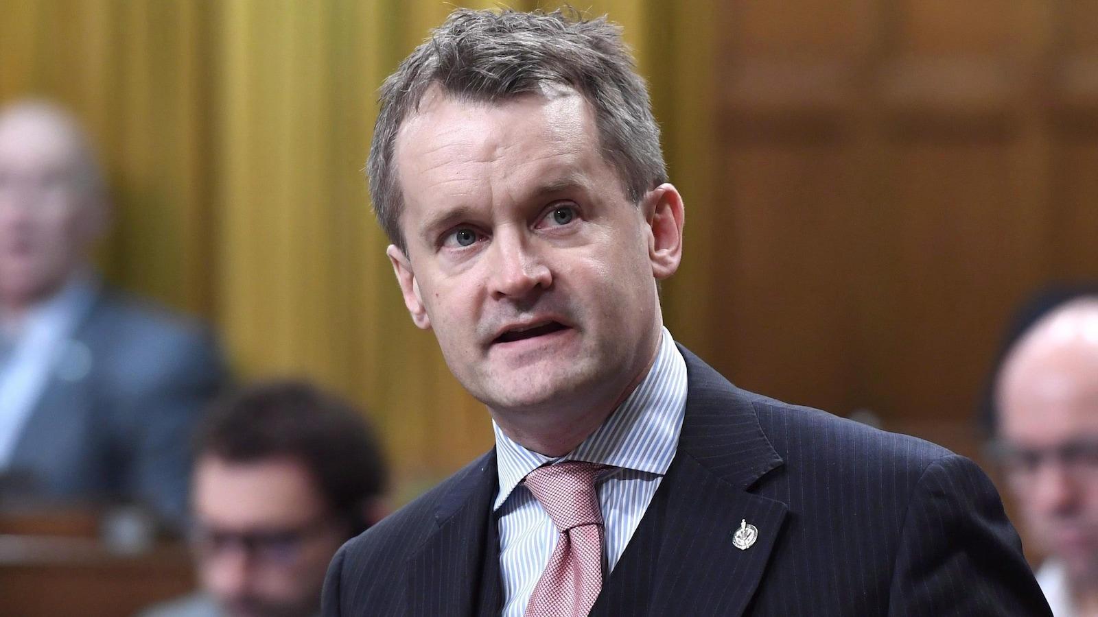 Seamus O'Regan prend la parole aux Communes le 26 février 2018.
