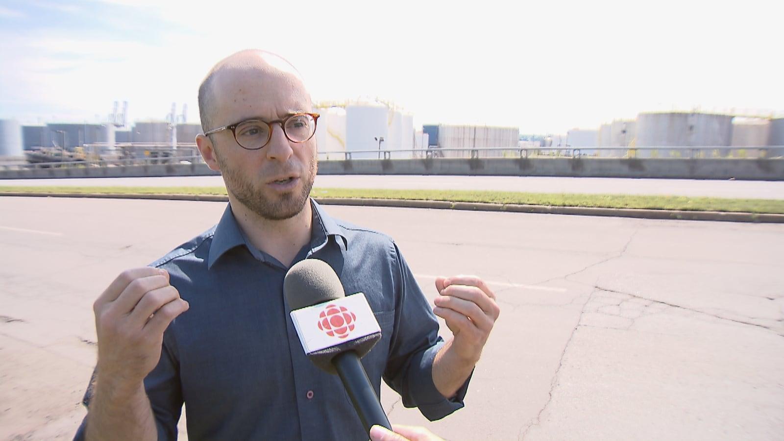 Sol Zanetti, candidat de Québec solidaire dans la circonscription de Jean-Lesage