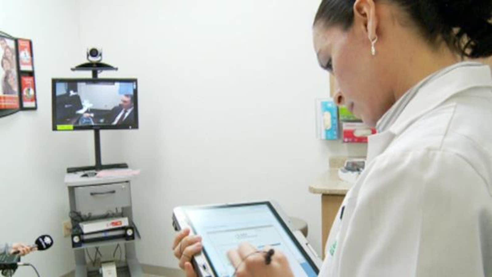 Une consultation médicale par vidéo