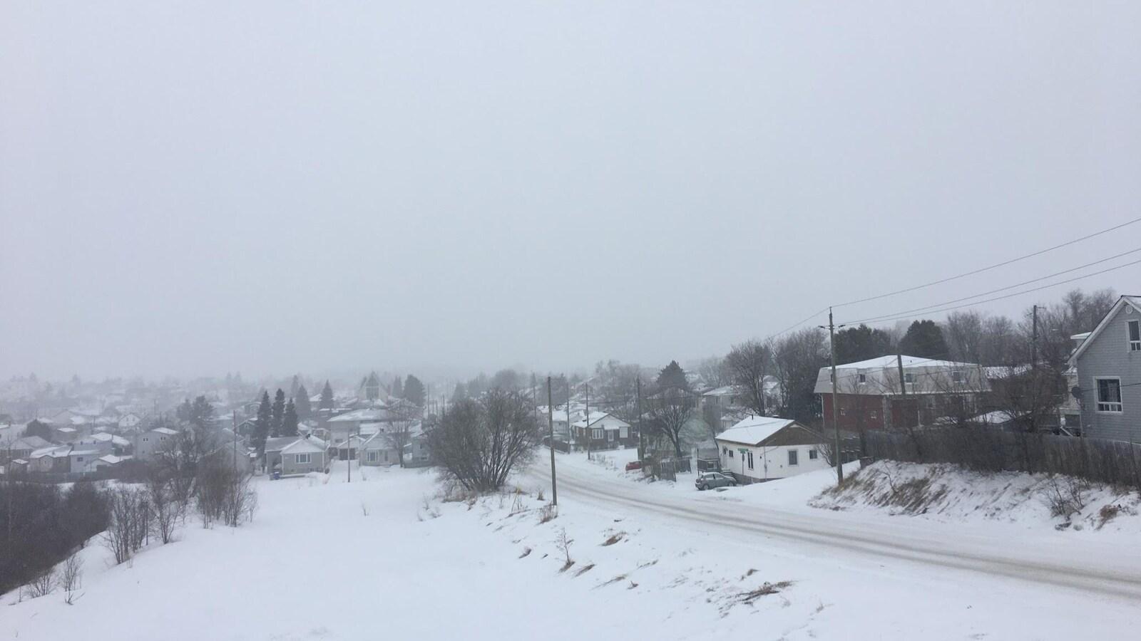 Tempête de neige à Timmins, en Ontario.