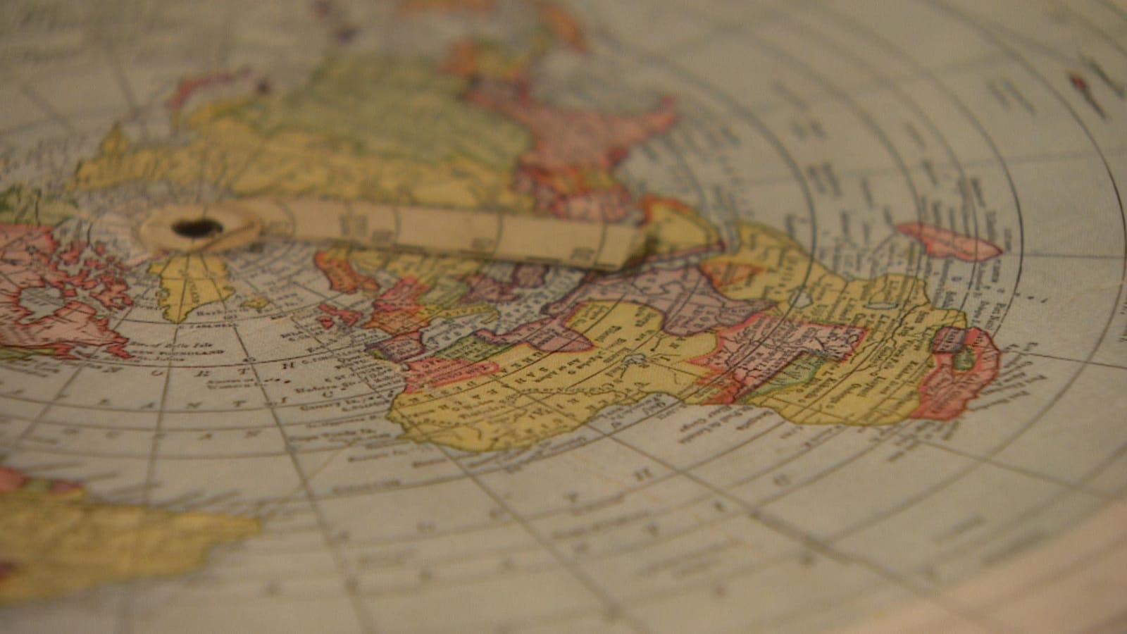 Image d'une Terre plate.