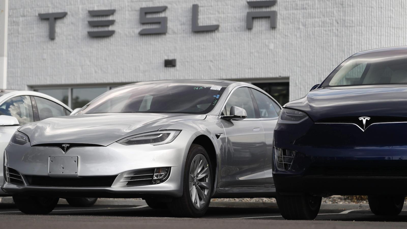 Des voitures électriques de Tesla