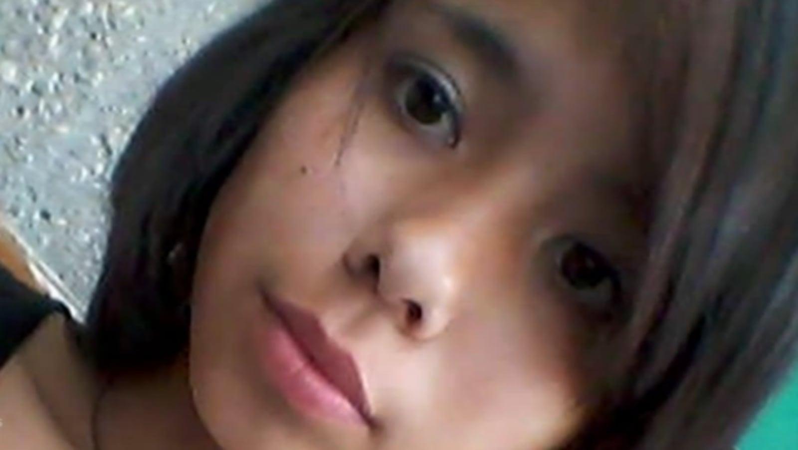 Le visage, en gros plan, de l'adolescente Tina Fontaine