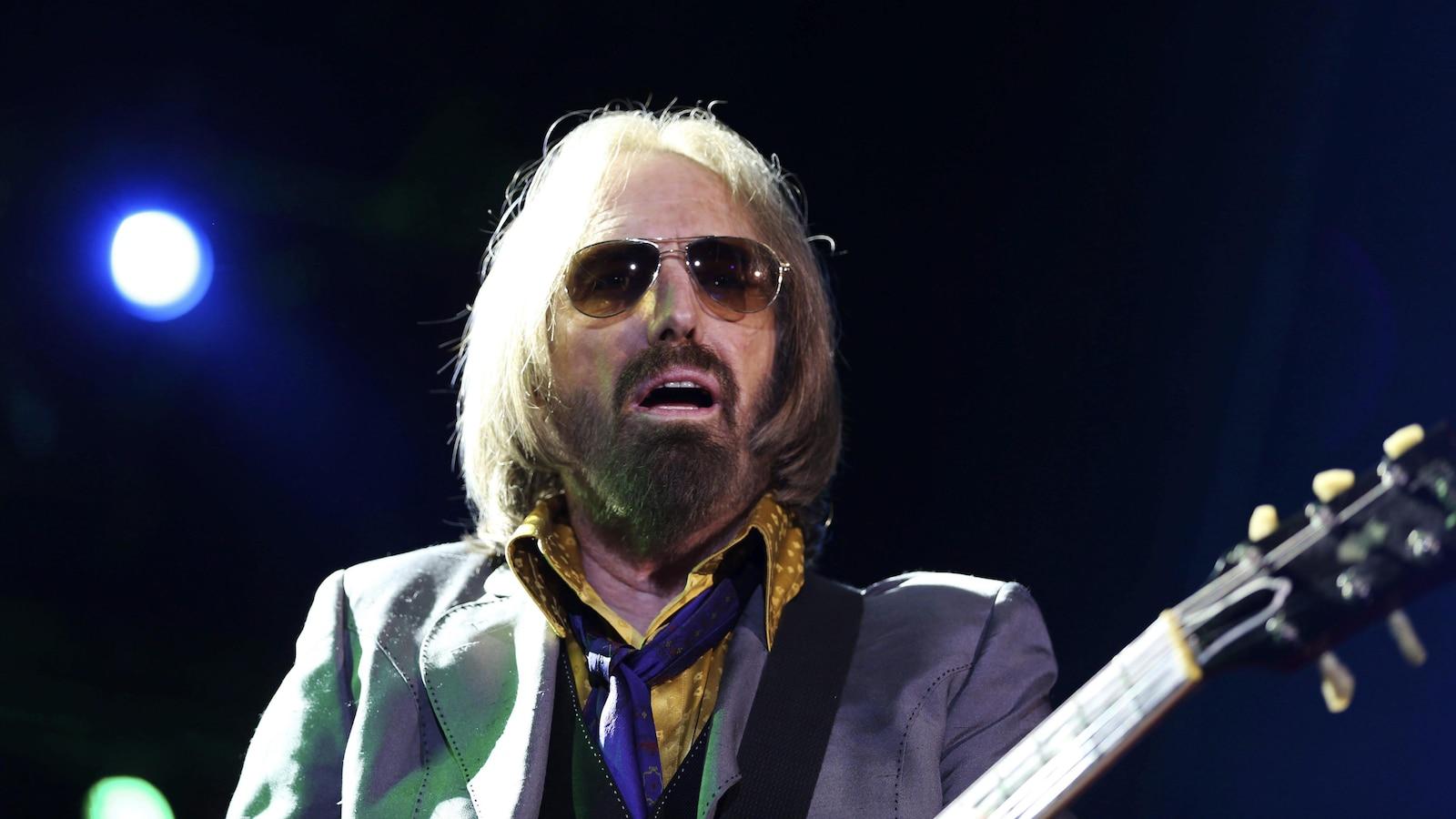 Tom Petty et son groupe The Heartbreakers au Arroyo Seco Music Festival, en 2017, à Pasadena, Californie