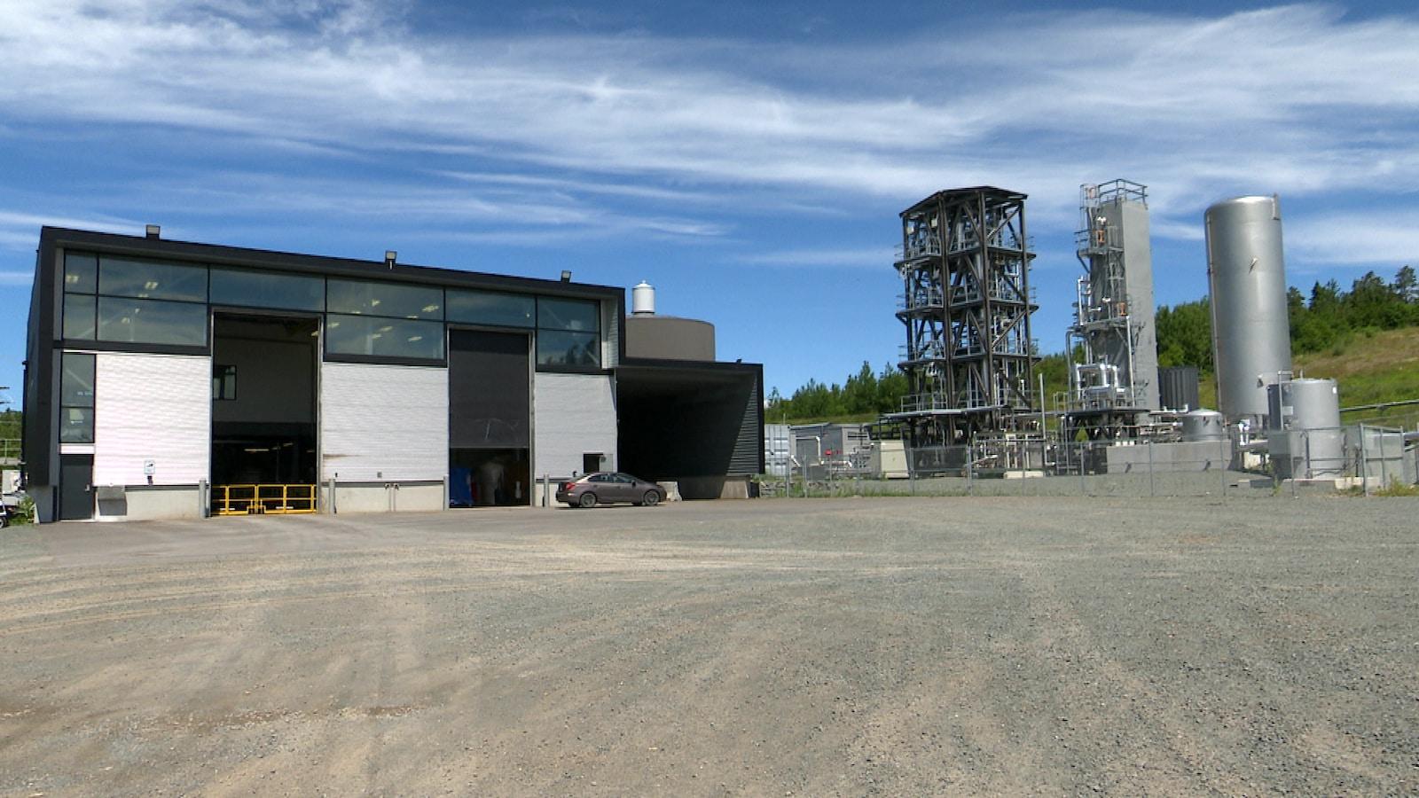 L'usine de biométhanisation produira d'ici quelques semaines du gaz naturel liquéfié.