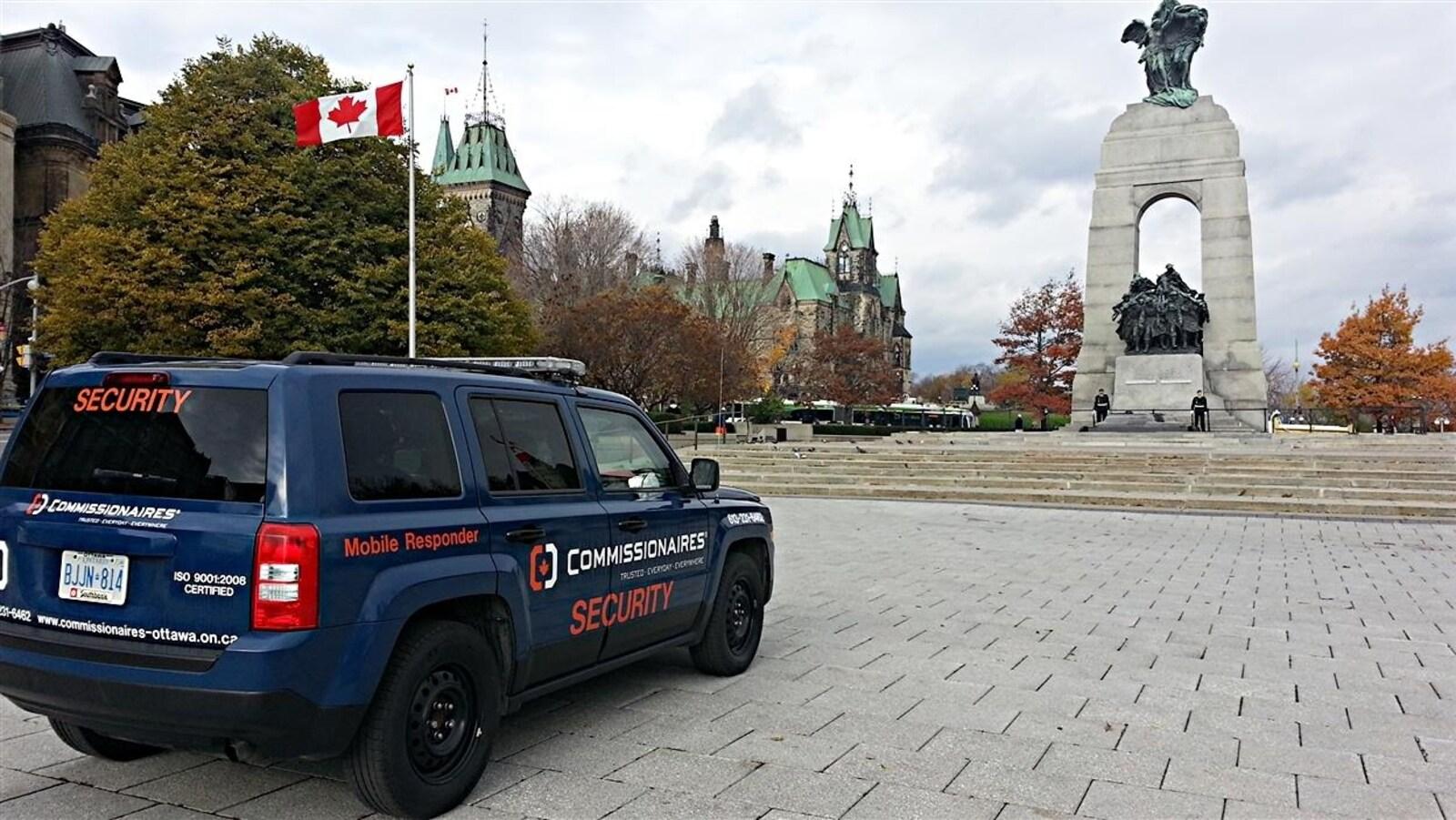 Un véhicule de l'entreprise Commissionnaires à Ottawa.