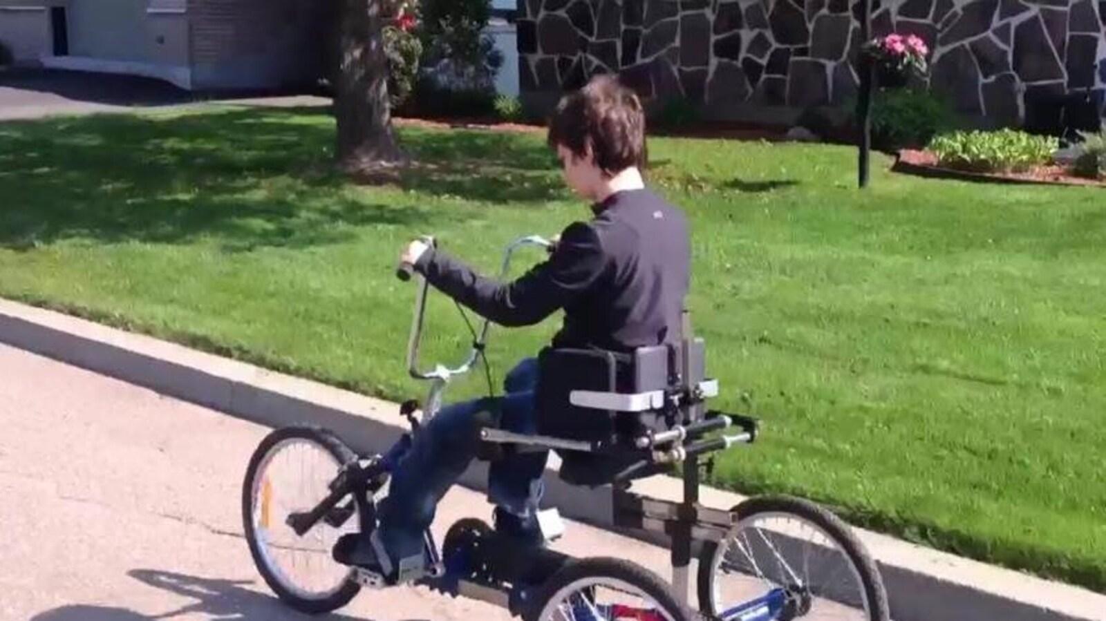 Le vélo adapté de Anne-Sophie Provencher a été volé lundi soir à Trois-Rivières.