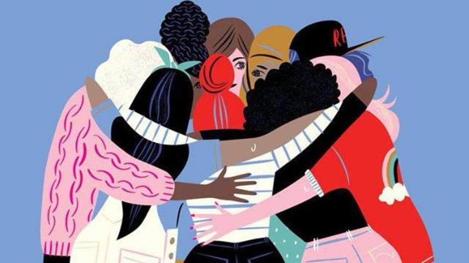 Un groupe de femmes représentant le projet «Ensemble à l'Abri» de La Collective féministe au profit de La Chaudronnée de l'Estrie.