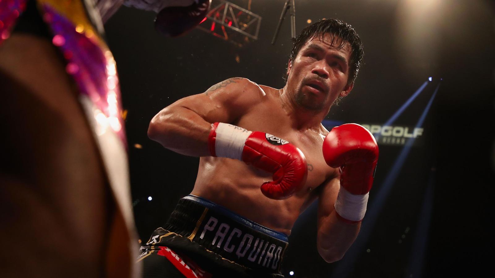 Manny Pacquiao affronte Adrien Broner dans un combat à Las Vegas.