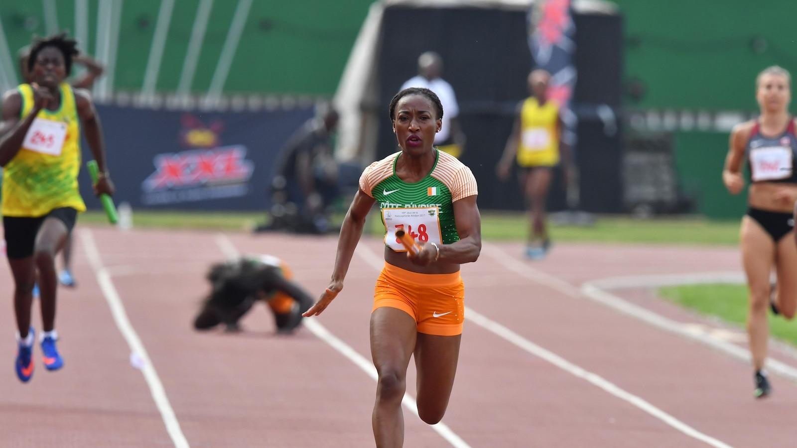 Marie-Josée Ta-Lou au relais 4x100 m des Jeux de la francophonie à Abidjan.
