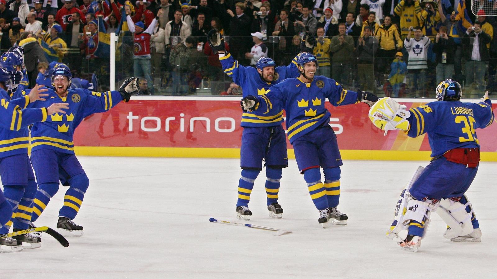 La Suède médaillée d'or au hockey lors des Jeux de 2006 à Turin