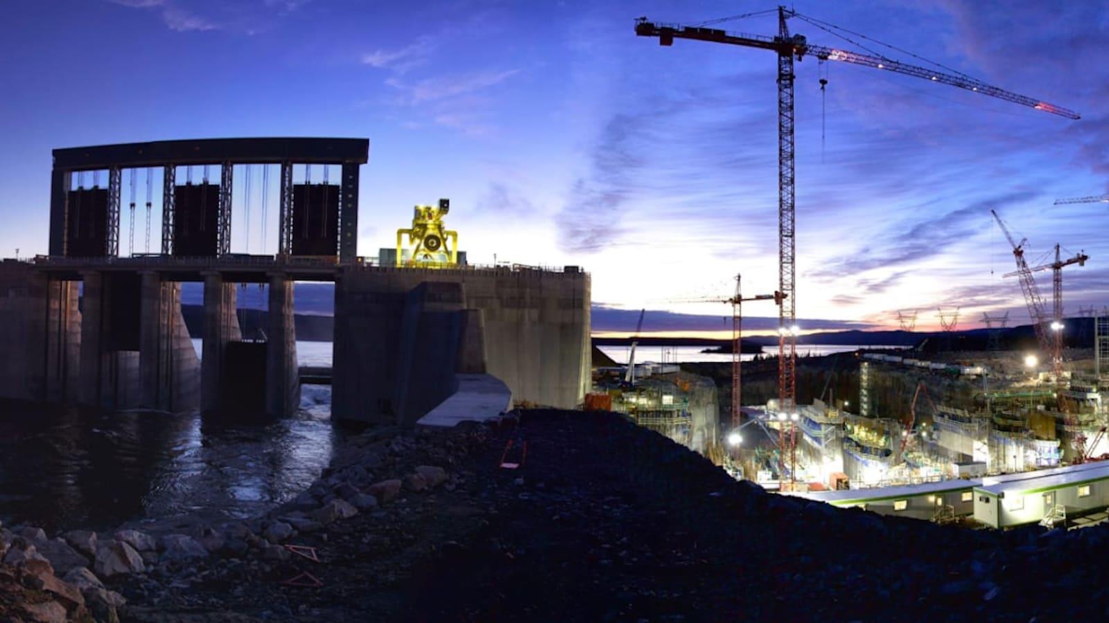 Nalcor a estimé que le projet de Muskrat Falls coûtera 12,7 milliards de dollars. :