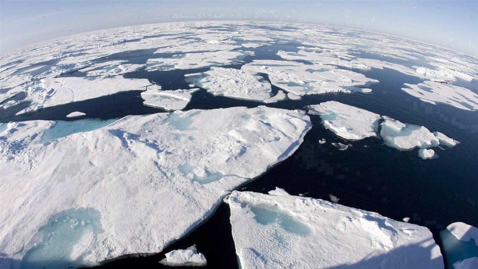 La baie de Baffin, au-dessus du cercle Arctique