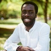 L'auteur et activiste torontois Desmond Cole.