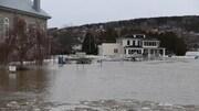 Le niveau d'eau a monté de plusieurs pouces au centre-ville.