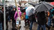 Des citoyens au parc de la Gare
