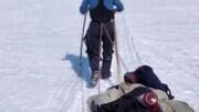 pierre benoit rondeau chalifoux tire le traineau sur la glace
