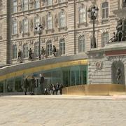 L'entrée du nouveau pavillon d'accueil de l'Assemblée nationale du Québec