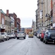 Le centre de Clarksburg, en Virginie-Occidentale, ville où se trouve un important centre du FBI.
