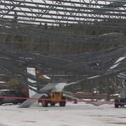 Une structure en construction s'est effondrée.
