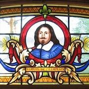 Un vitrail au Samuel de Champlain History Center de Champlain, New York, par l'artiste Jean-Jacques Duval