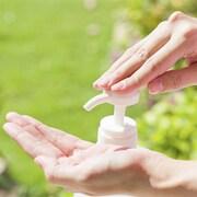 Les savons antibactériens contiennent des produits contestés.