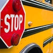 Un autobus scolaire vu de côté