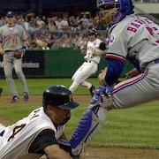 Match de baseball entre les Expos de Montréal et les Pirates de Pittsburgh le 23 juin 2001.