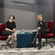 La comédienne Marie-Thérèse Fortin avec la directrice artistique et générale du TNM, Lorraine Pintal