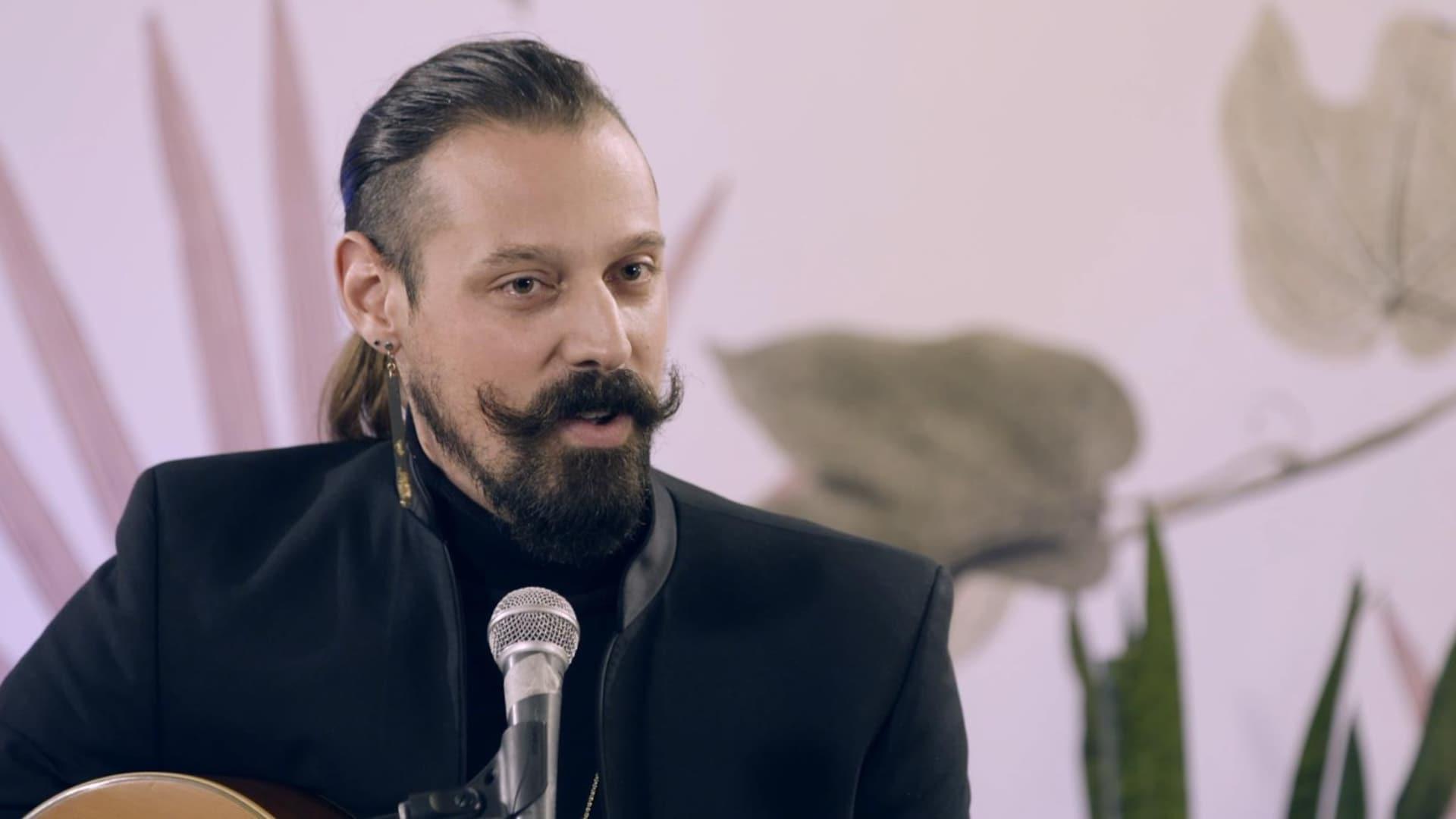 L'auteur-compositeur-interprète Daniel Péloquin-Hopfner parle au micro de Vos idées en chansons.