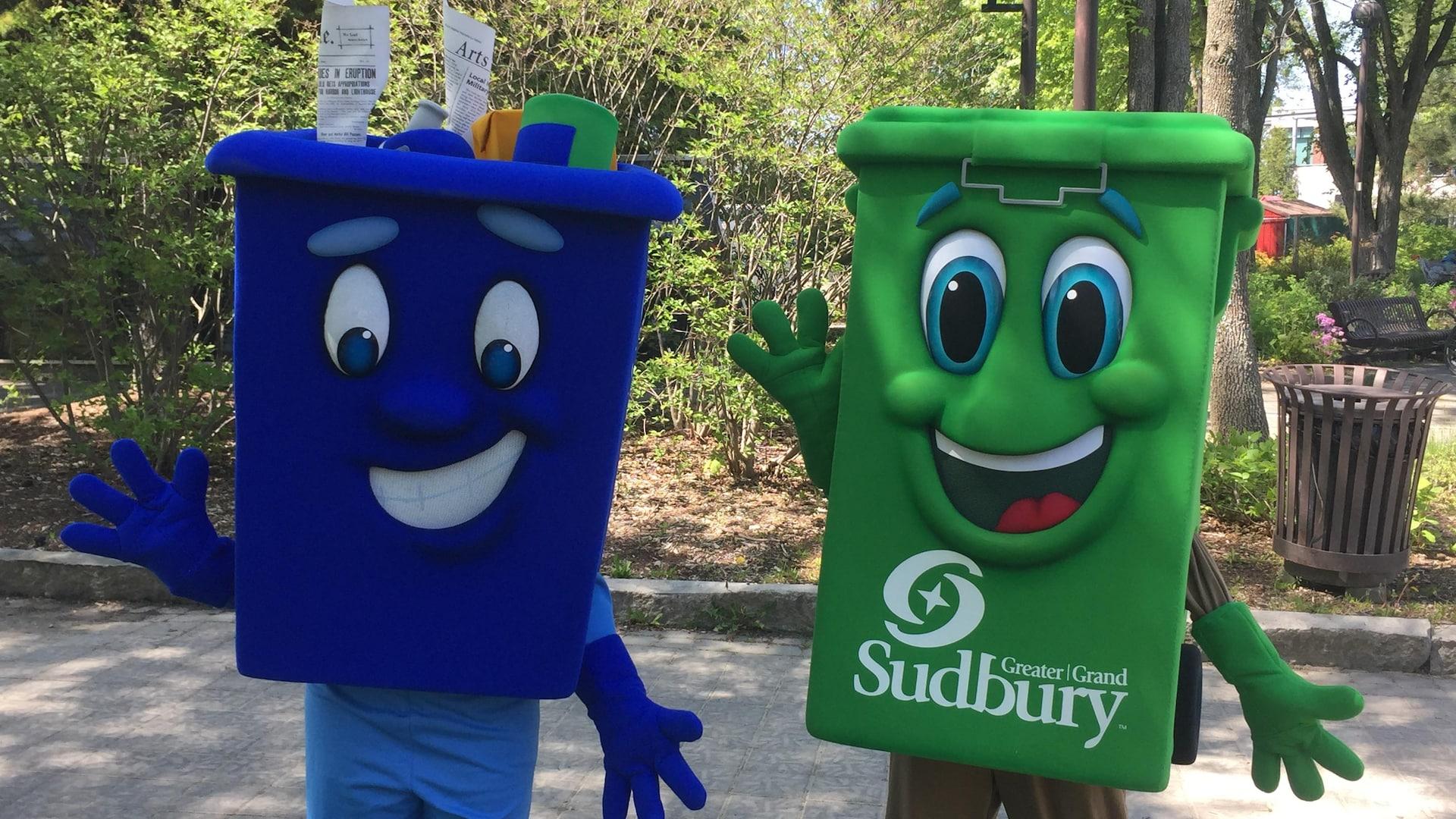 Des bacs de recyclage et de compostage en styromousse