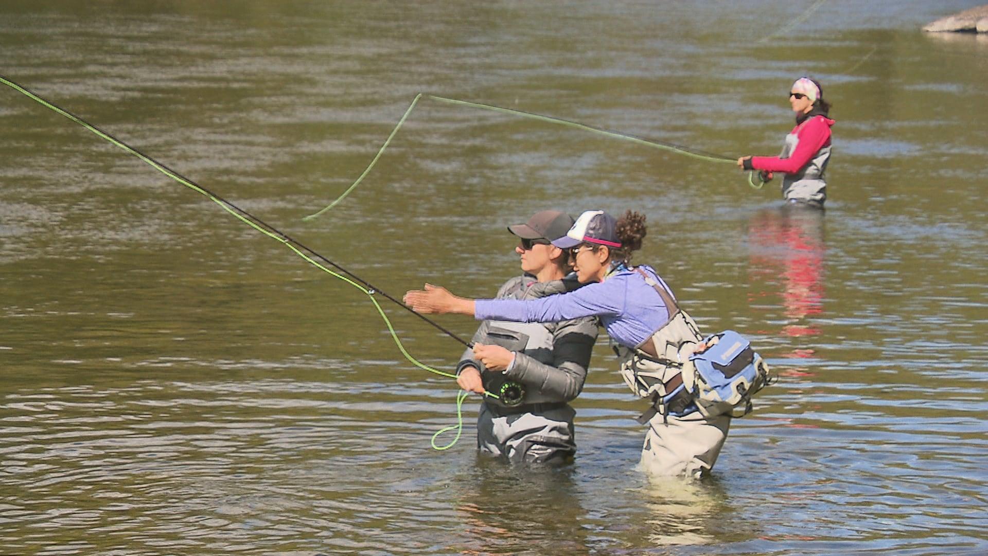 Activité de mentorat dans la rivière Matapédia
